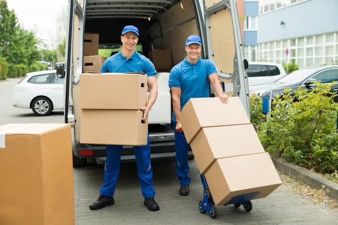 4 Benefits of hiring professional movers in Mississauga