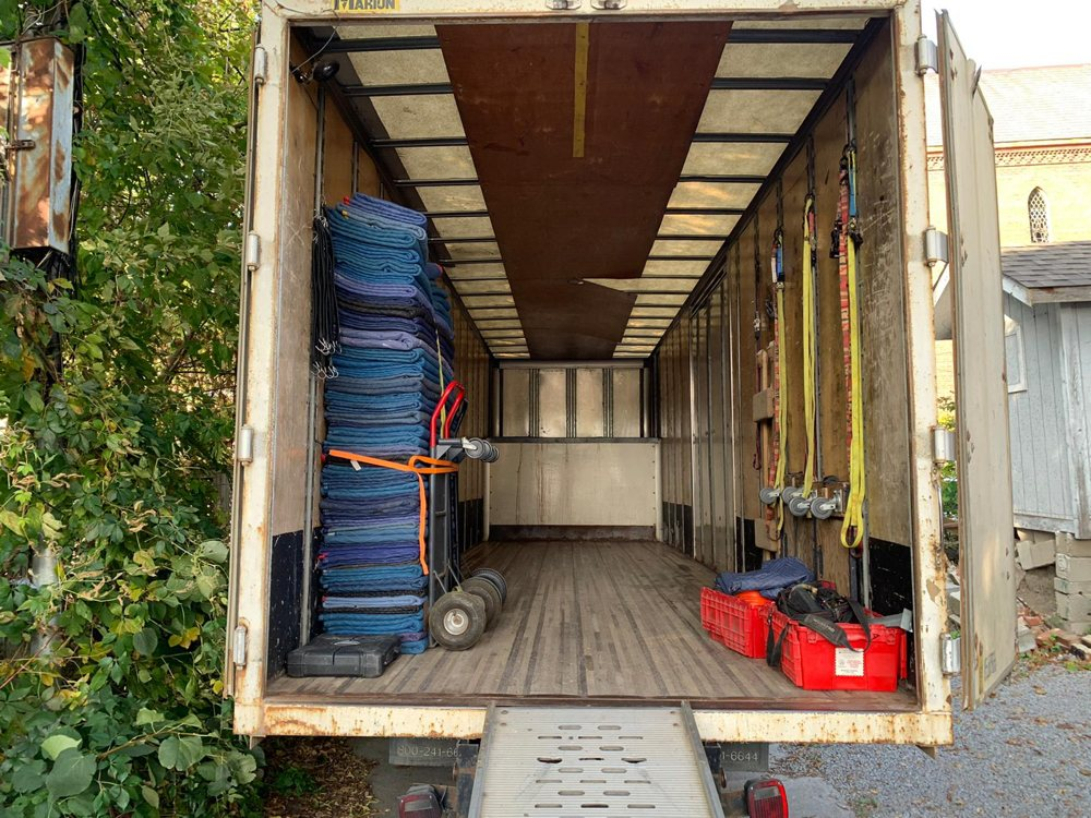 How much does it cost to hire Toronto movers?